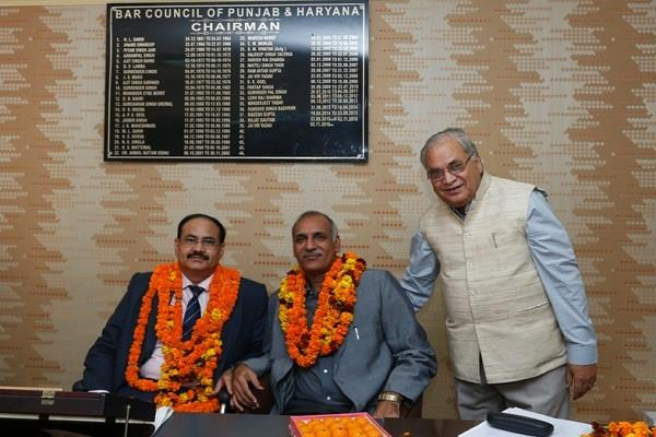 हरियाणा और पंजाब बार काउंसिल के चेयरमैन बने डॉ. विजेंदर सिंह अहलावत