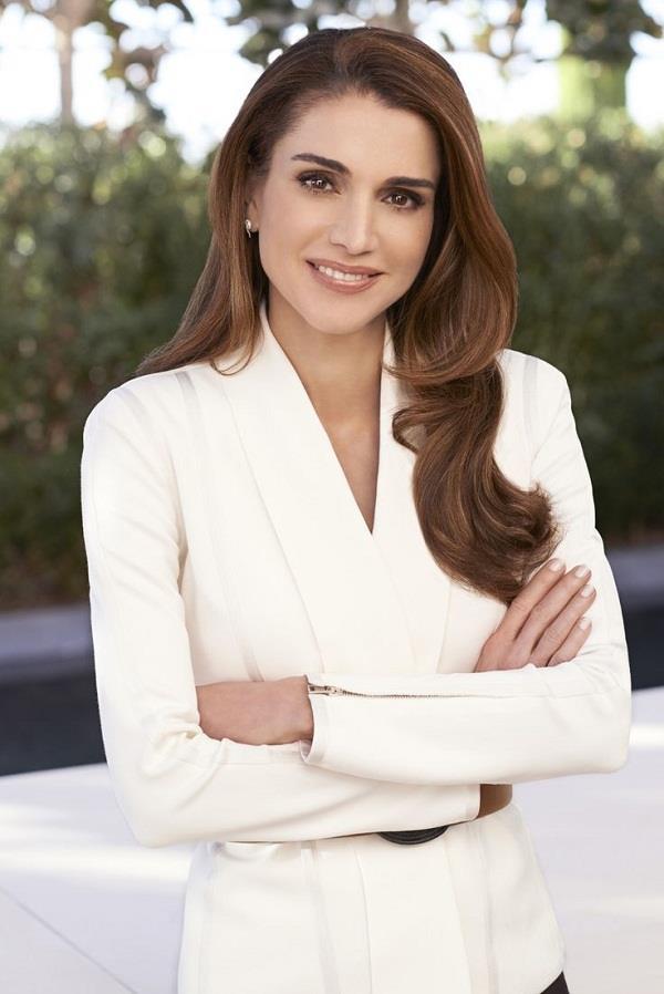 बड़ी दिलचस्प है Jordan रानी की कहानी, आम लड़की से बन गई Queen Rania