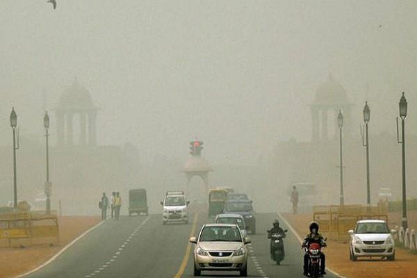 NGT ने दिल्ली -NCR में निमार्ण पर प्रतिबंध हटाया, ट्रकों के प्रवेश को मिली अनुमति