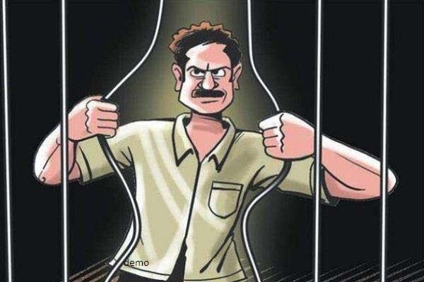 नहीं थम रहा पुलिस हिरासत व जेलों से अपराधियों की फरारी का लगातार सिलसिला