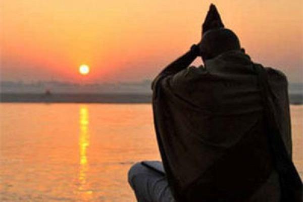 आज का पंचांग: 16 दिसम्बर, 2017 शनिवार पौष कृष्ण तिथि चतुर्दशी