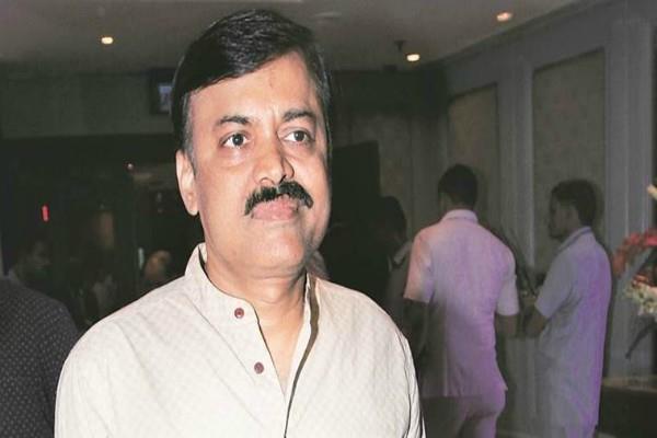 BJP नेता ने राहुल को बताया 'बाबर भक्त' और 'खिलजी का रिश्तेदार'