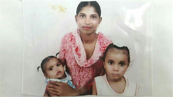 ससुरालियों ने इतना दिया दर्द कि 2 बच्चों सहित नहर में कूद गई बेबस विवाहिता