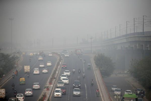 दिल्ली में बढ़ते प्रदूषण पर SC और NGT में आज फिर होगी सुनवाई