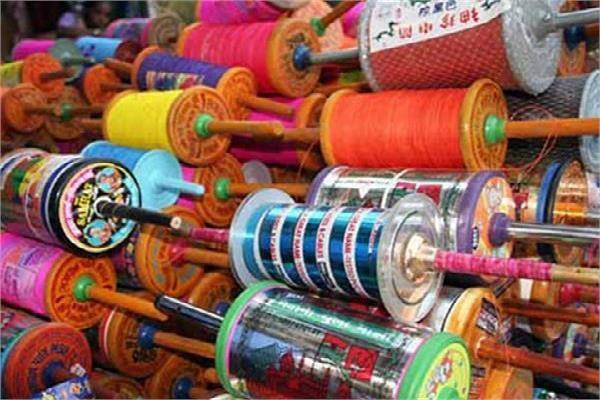 शहर के प्रमुख लड्डू पतंग वाले को चाइना डोर बेचते किया काबू