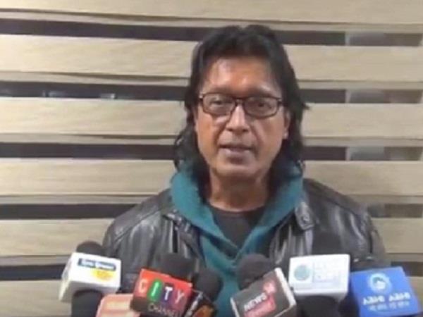 नेपाली सांस्कृतिक कार्यक्रम में कलाकारों की प्रस्तुति पर झूमे लोग