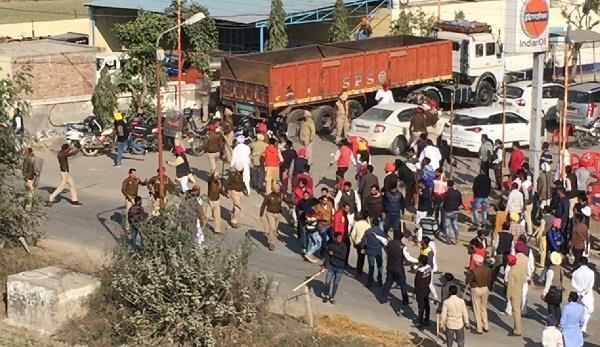 पंजाब चुनाव कमीशन ने हिंसाग्रस्त 4 स्थानों के कागजों की जांच पर लगाई रोक