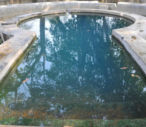 दलाही कुंड: इस तालाब में मात्र ताली बजाने से अपने आप निकलने लगता है पानी