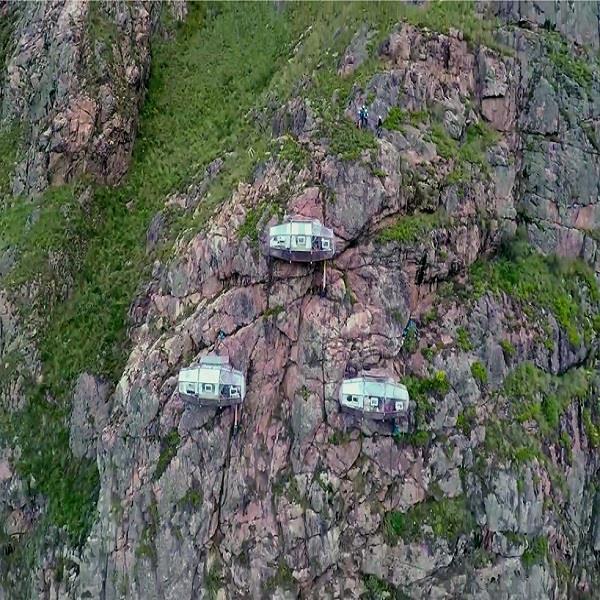 गगनचुंबी है यह होटल, आप लेना चाहेंगे 400 फुट की ऊंचाई पर रहने का मौका