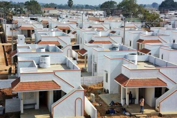 शहरी गरीबों के लिए गुजरात में बने सबसे ज्यादा घर