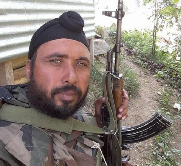 आतंकियों से लोहा लेते हुए बटाला का पलविंदर सिंह शहीद