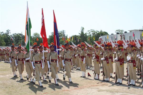 केन्द्र ने बढ़ाई पुलिसकर्मियों की अनुग्रह राशि