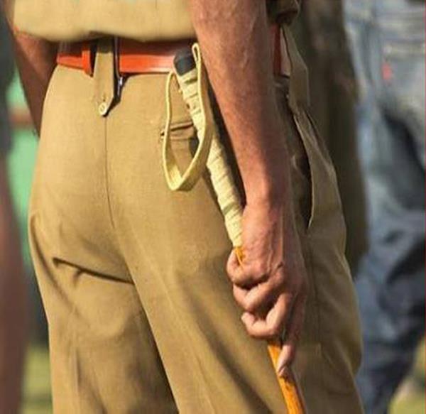 महिला का पर्स छीनने वाले 2 लुटेरे गिरफ्तार