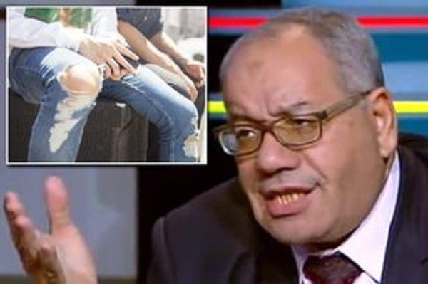 मिस्र के वकील ने लड़कियों बारे दिया विवादित बयान, गया जेल