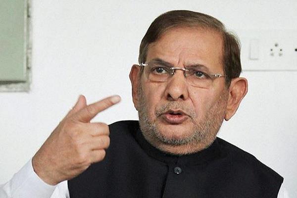 शरद गुट ने चुनाव आयोग के फैसले को दी चुनौती, पार्टी चिन्ह के लिए पहुंचे हाईकोर्ट
