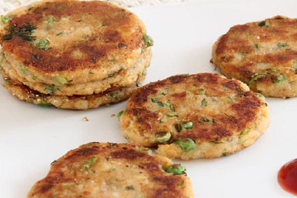 छोले समोसे, आलू टिक्की बर्गर लोगों की पहली पसंद, उबर ईट्स पर मिले सर्वाधिक ऑर्डर
