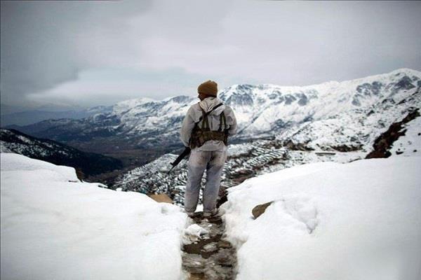 सियाचिन में हिमस्खलन के बाद पाक सेना के 5 जवान लापता