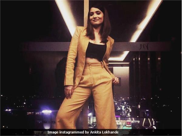 manikarnika actress ankita lokhande dancing her heart out in dubai