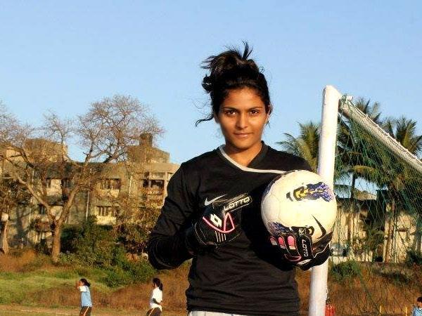 अदिति ने निजी क्षेत्र से महिला फुटबॉल के लिए आगे आने को कहा