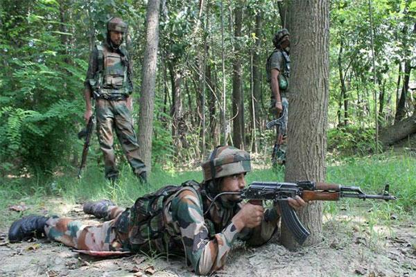 J&K: बांदीपुरा मुठभेड़ में 3 जवान शहीद, लश्कर का 1 आतंकी ढेर