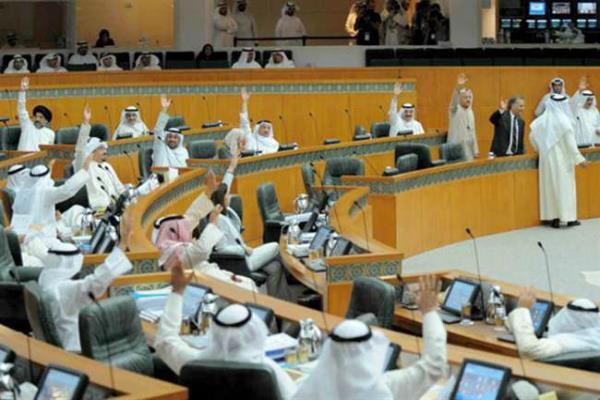 ट्रंप की राह चला कुवैत, PAK सहित पांच देशों के वीजा पर रोक