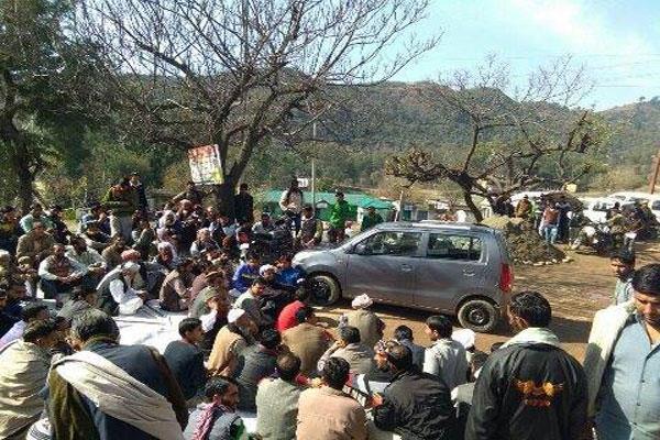 भाजपा-नैकां झगड़ा: राजोरी में धारा 144 लागू, स्कूल कालेज बंद