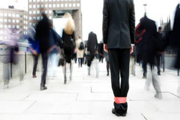 घर हो या कार्यस्थल ऐसी सोच वाले लोगों से बनाएं दूरी