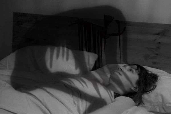 अज्ञात डर के कारण रातों की नींद गायब हो गई, वीरान जिंदगी में लाएं बहार
