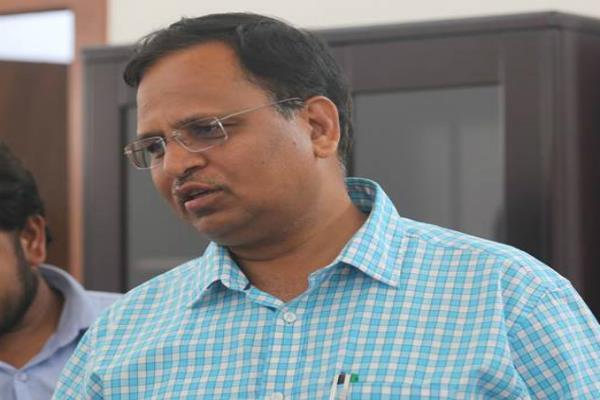 IT विभाग ने बेनामी संपत्तियां कुर्क कीं, दिल्ली के मंत्री का 'संलिप्तता' से इनकार