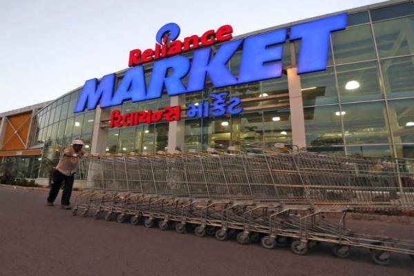 Jio की तान के बाद रिटेल पर ध्यान, Reliance मार्कीट खोलेगी 300 नए स्टोर