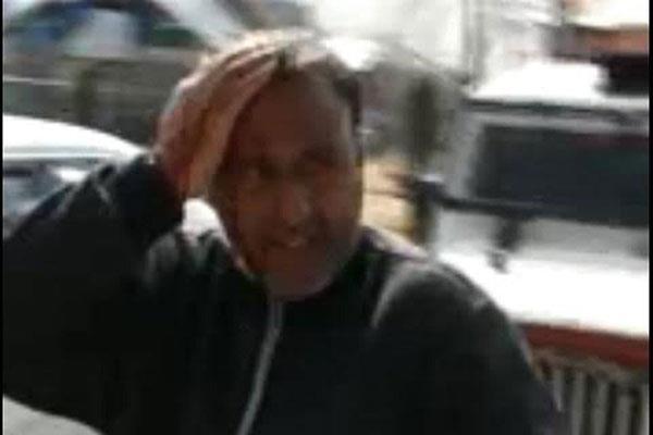पीडीपी पार्टी के सम्मेलन पर युवकों का पत्थराव, 3 कार्यकर्ता घायल