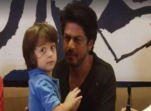 bollywood shahrukh khan son abram life was in danger