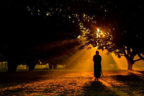 आत्मा की खोज के लिए छोड़ी प्रसिद्धि, महान संत के रूप में बनाई पहचान