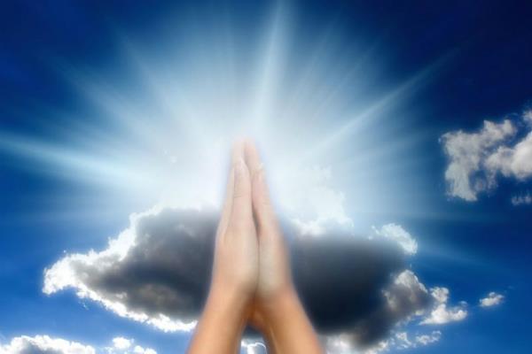 ईश्वर तक प्रार्थना पहुंचाने का खास तरीका, पूरी होगी हर कामना