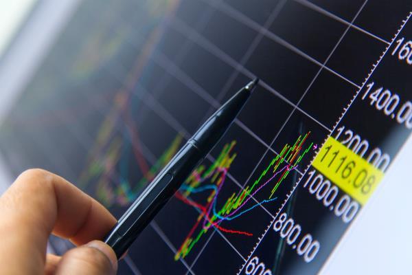 सैंसेक्स 130 अंक गिरा, Idea के शेयर्स में 10 फीसदी की गिरावट