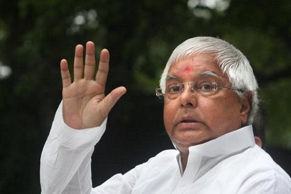 लालू ने एक्जिट पोल को नकारा, कहा यूपी में बनेगी सपा-कांग्रेस की सरकार