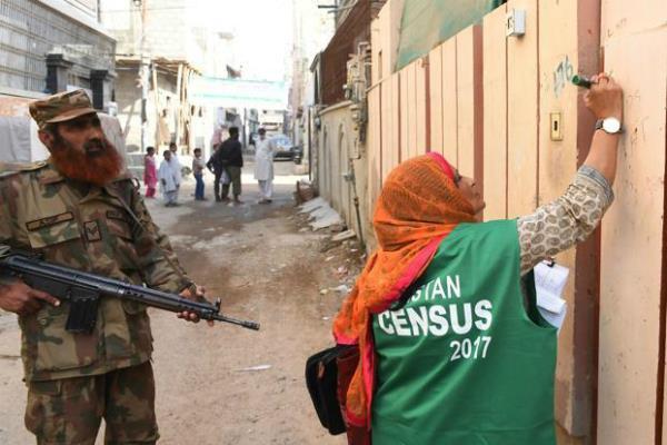 पाकिस्तान में 19 साल में पहली बार जनगणना की प्रक्रिया शुरू