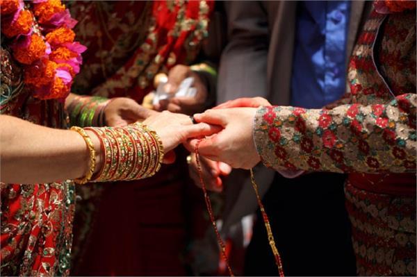 इस मंदिर में शादी करने के बाद नहीं टूटती सात जन्मों तक डोर!