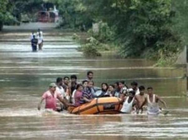 पेरू  में बाढ़ से अब तक 72 की मौत