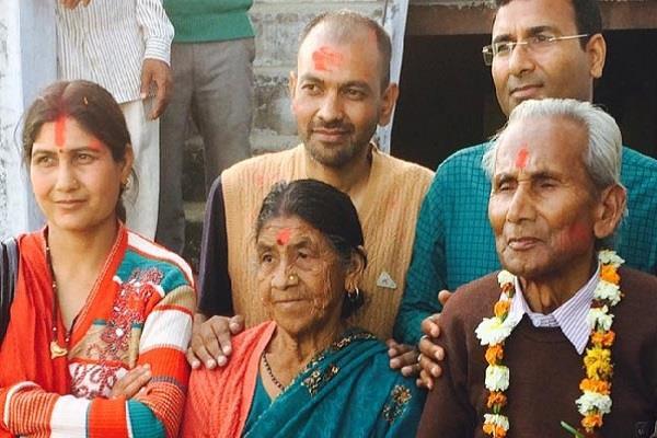 योगी के परिवार को जान का खतरा, पुलिस ने बढ़ाई सुरक्षा