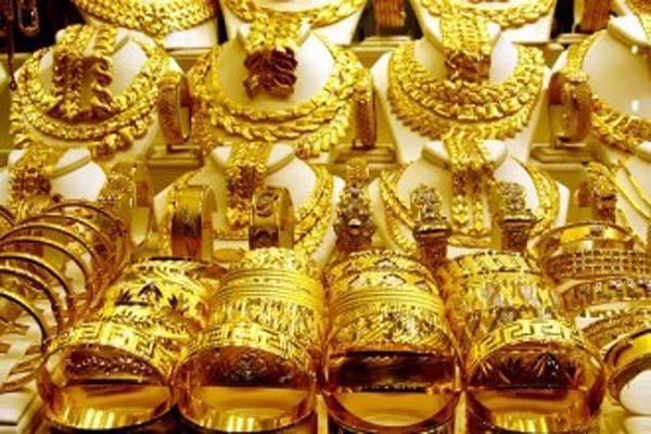 सोने के व्यापारी से बिना टैक्स के ले जाए जा रहे आभूषण बरामद, विभाग ने वसूला जर्माना