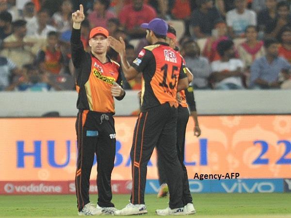बल्ले और गेंद से बेजोड़ प्रदर्शन से जीत मिली : वार्नर