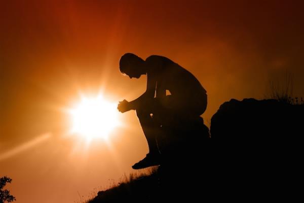 भगवान से कभी नहीं मांगे ये चीज, आपके जीवन में कभी नहीं आएगा दुख