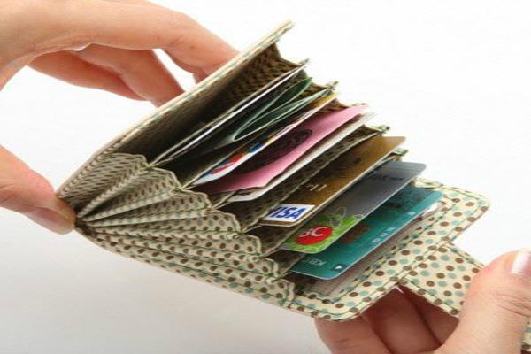 राशि अनुसार करते रहें ये काम, पर्स और अकाऊंट रहेंगे नोटों से भरे