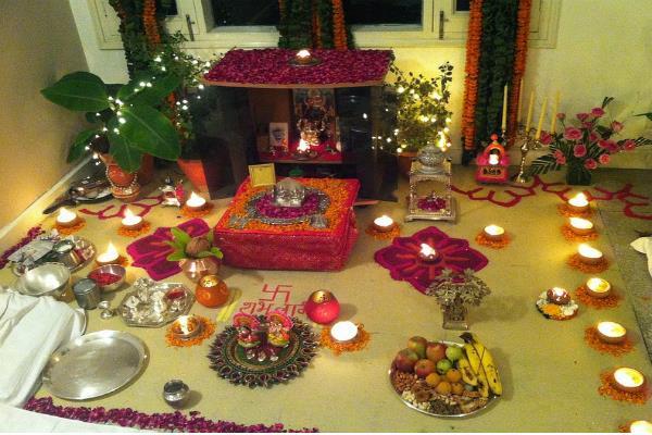 पूजा-जप के समय सही विधि से करें आसन का प्रयोग, दरिद्रता और रोग न छोड़ेंगे साथ