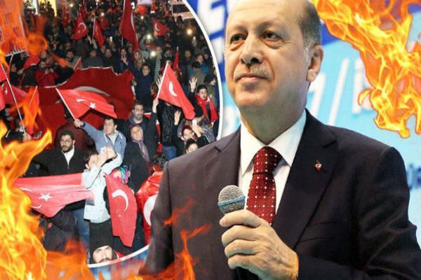 इर्दोगान ने तुर्की जनमत संग्रह जीता, विपक्ष ने गड़बड़ी का लगाया आरोप