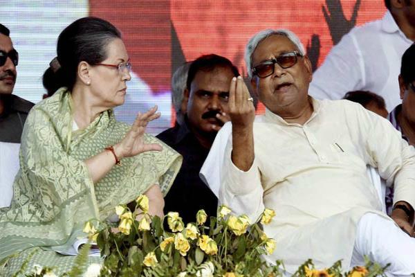 राष्ट्रपति चुनाव से पहले एकजुट हुआ विपक्ष, सोनिया से बोले नीतीश-न फंसें BJP के ट्रैप में