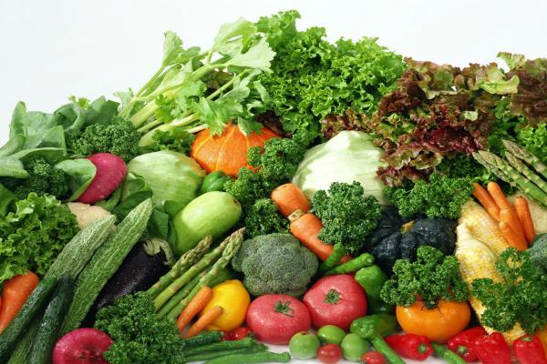 गर्मी के साथ बढ़े सब्जियों के भाव