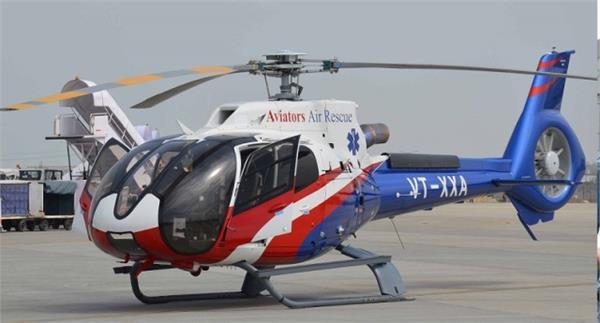 मुख्यमंत्री ने किया गुरेज के लिए हेलीकॉप्टर सेवा का शुभारंभ
