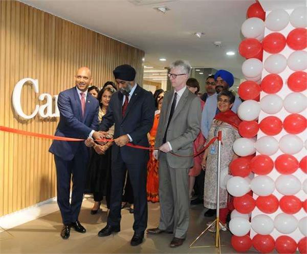 चंडीगढ़ पहुंचे कनाडा के रक्षा मंत्री हरजीत सिंह सज्जन, इस कार्यालय का किया इनॉगुरेशन